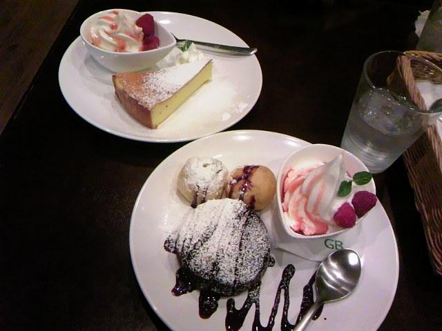 フォンダンショコラとチーズケーキ